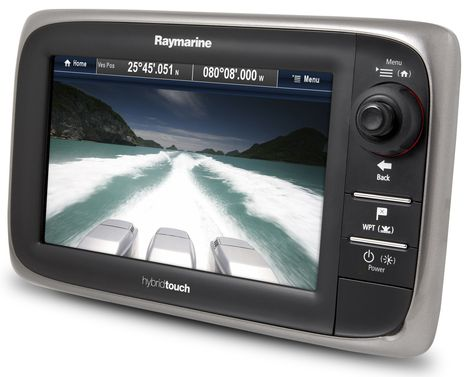 Raymarine_e7_with_camera.jpg