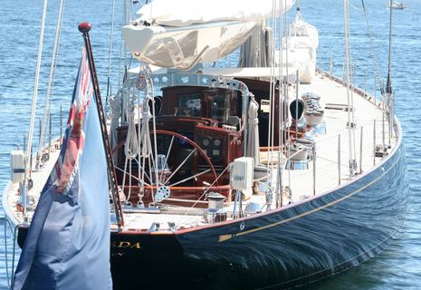 Vesheda_anchored_Camden_2011_cPanbo.jpg