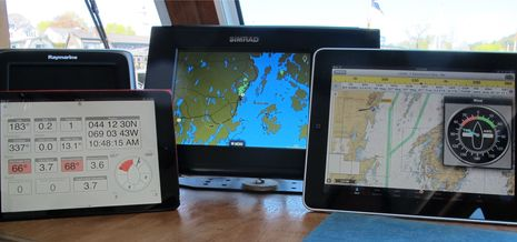 Simrad_GoFree_in_action_cPanbo.jpg