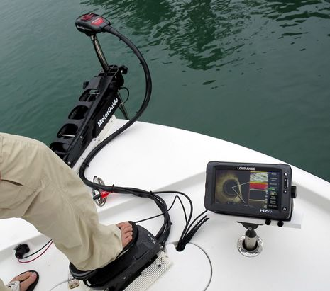 Hawks_Cay_Lowrance_Spotlight_in_action_cPanbo.jpg