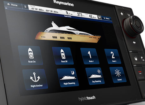 Raymarine_eS_Series_digital_switching_aPanbo.jpg
