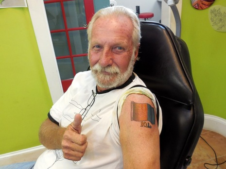 Bill Bishop w Signal K flag tat courtesy marine installers rant.jpg