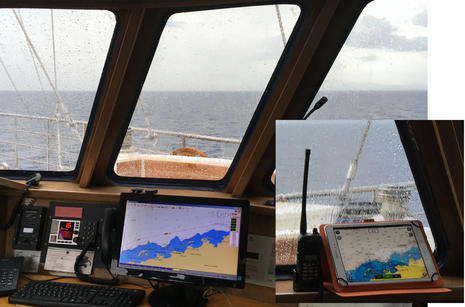 Panorama_II_pilot_house_Open_CPN_and_Navionics_Mobile_cPanbo.jpg