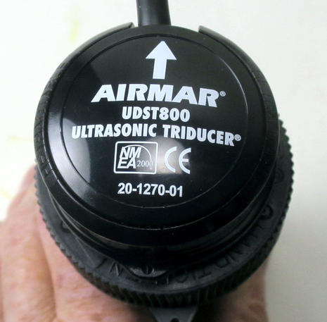 Airmar_UDST800_ultrasonic_triducer_for_real_2-2018_cPanbo.jpg