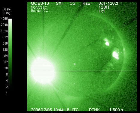 Solar-flare-sxi-12-05-2006_courtesy_NOAA