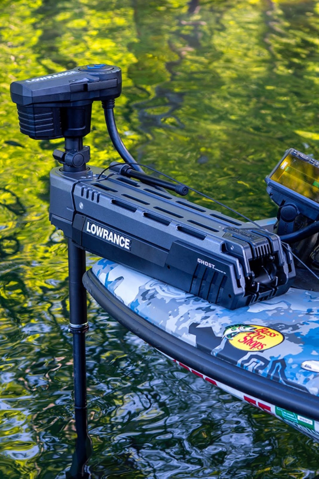 Lowrance Launches Ghost Trolling Motor - Panbo