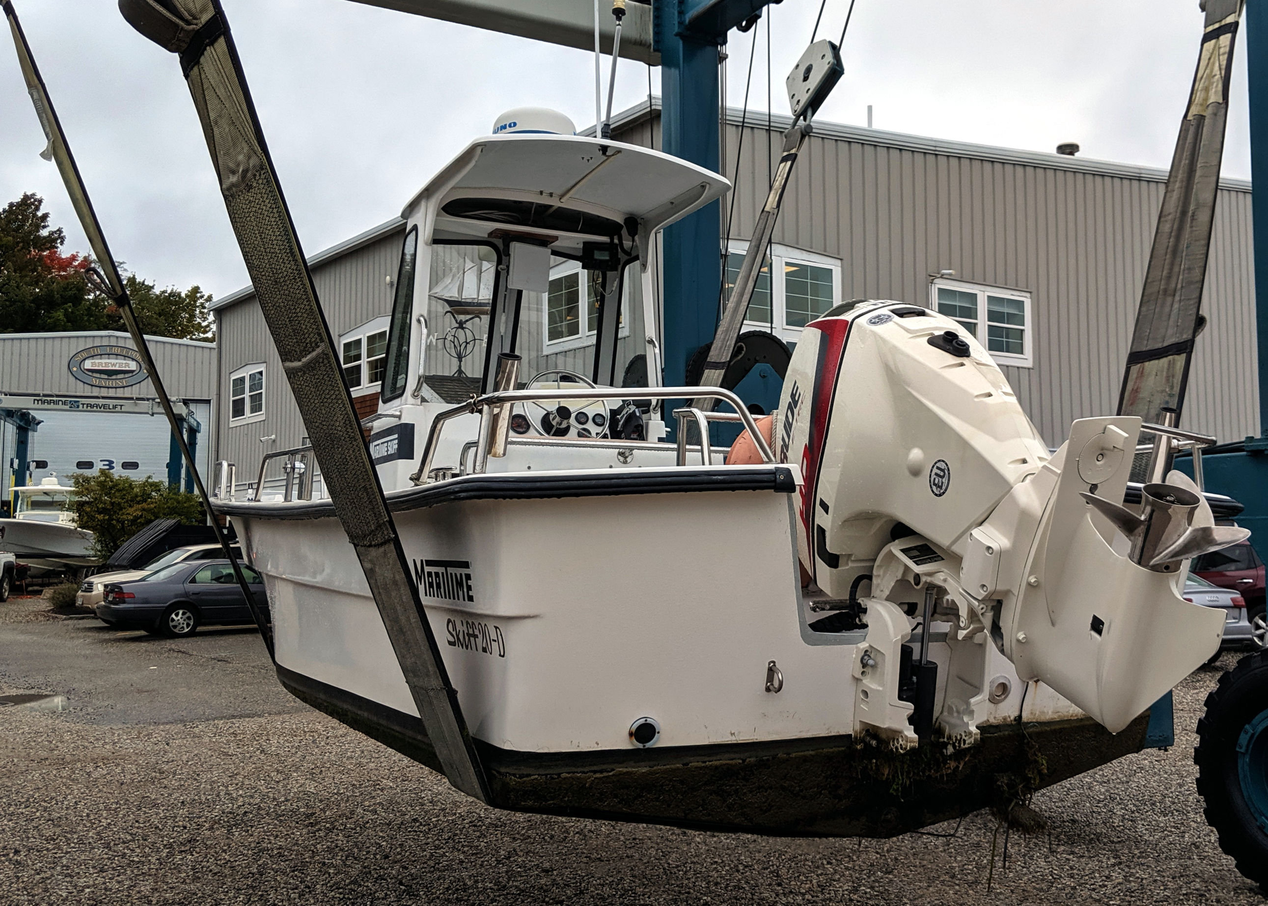 Gizmo Junior is 2000 Maritime Skiff 20-D with a 2019 Evinrude Etec HO 115
