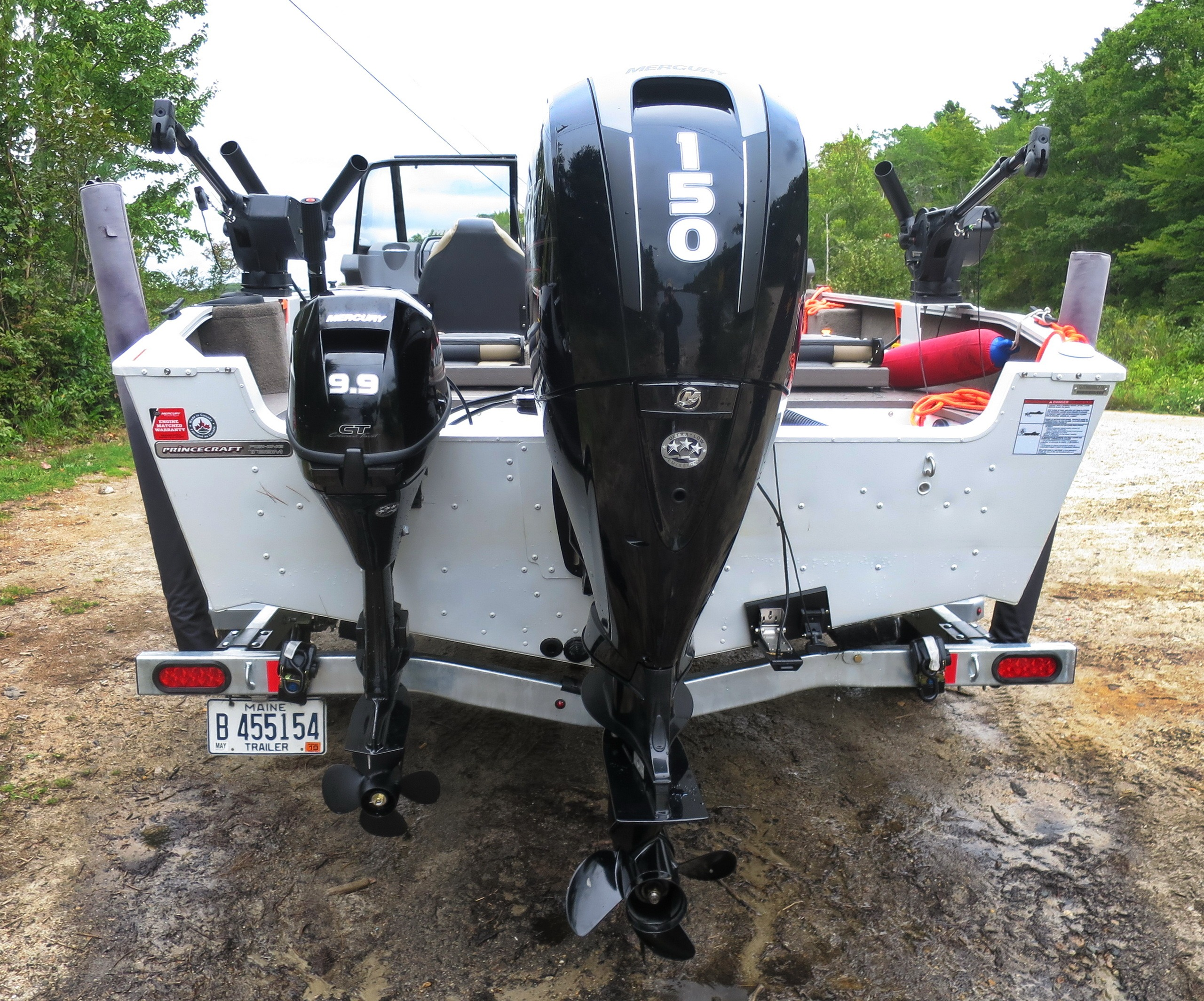 Dual outboards and transducers