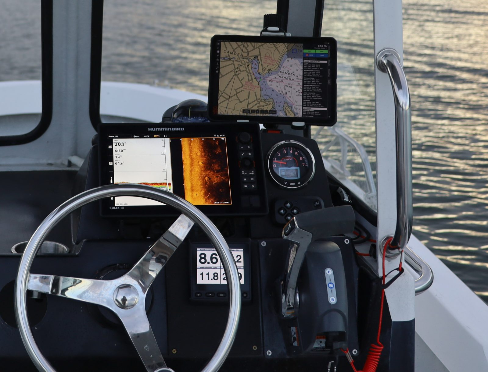How I'm often using Junior's electronics for lobstering
